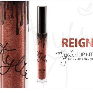 Kylie Cosmetics Reign Metal lipstick